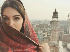 Discovered by princess Rose. Find images and videos on We Heart It - the app to get lost in what you love. Niqab, Girl Pictures, Girl Photos, Beautiful Eyes, Beautiful Women, Iranian Beauty, Persian Beauties, Persian Girls, Iranian Women Fashion