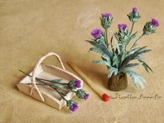 Jicolin minis: Thistles how to make - Rough translation but there are pictures.