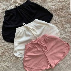 Teen Fashion Outfits, Grunge Outfits, Girl Fashion, Girl Outfits, Fashion Ideas, Cute Comfy Outfits, Trendy Outfits, Jugend Mode Outfits, Jolie Lingerie