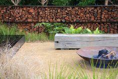Feuerstelle Garten Design - New ideas Garden Fire Pit, Fire Pit Backyard, Modern Landscaping, Backyard Landscaping, Rustic Gardens, Outdoor Gardens, Outdoor Fire, Outdoor Decor, Cool Fire Pits
