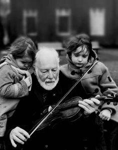 recondita-armonia:  violin by ~0o0o0