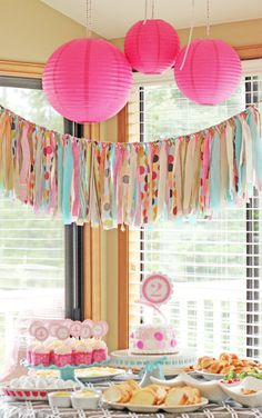 Fabric Scrap Rag Garland banner, Id like to make this myself and use maybe as a valance