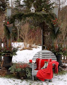 Aiken House & Gardens: Happy New Year!