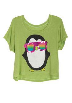 I love this shirt penguins are sooo cute :3