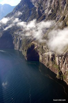 Milford Sound, Fiordland NP, The South Island, New Zealand