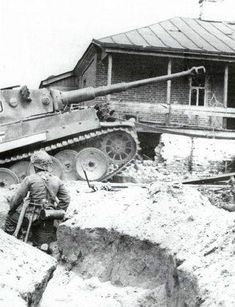 Tiger 1 up a trench, Eastern Front. | Panzertruppen | Flickr