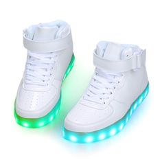 Zapatos LED Altos Girls Sneakers, Sneakers Fashion, Fashion Shoes, Light Up Shoes, Lit Shoes, Crazy Shoes, Me Too Shoes, Kawaii Shoes, Shoe Collection