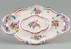 Présentoir ovale à anses ajourées, 1764-1765, Musée de Brou