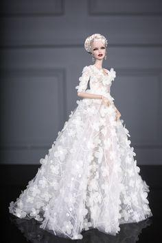 https://flic.kr/p/RAjR2P | https://www.etsy.com/listing/516988707/fashion-royalty-vanessa-ooak-doll-by | www.etsy.com/listing/516988707/fashion-royalty-vanessa-oo...