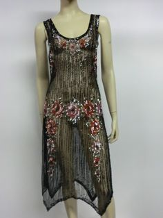 Beaded Tulle Evening Dress with Sequin Floral Garlands image 2 Vintage Outfits, 1920s Outfits, Retro Outfits, Vintage Dresses, 1920s Evening Dress, 1920s Dress, Evening Dresses, 1920 Style, 20s Fashion