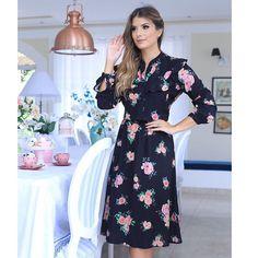 Começando a semana com esse vestido Deuso da nossa coleção #HORADOCHÁ  #muitoamor
