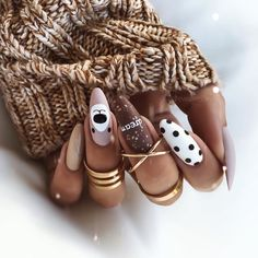 ✔ most sexy and trendy prom and wedding acrylic nails and matte nails for this season 24 Xmas Nails, Christmas Nails, Nail Art Cute, New Years Eve Nails, Uñas Fashion, Fashion Shoes, Fashion Dresses, Chic Nails, Luxury Nails