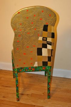 Klimt The Kiss upcycled chair painted by Artist Todd Fendos Art Furniture, Unusual Furniture, Hand Painted Furniture, Funky Furniture, Furniture Stores, Klimt, Metal Dining Chairs, Desk Chairs, Accent Chairs For Living Room