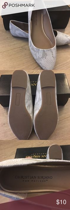 New w/out tags snakeskin flats! Christian Siriano pointy toe flats never worn, ship with original box. Christian Siriano Shoes Flats & Loafers