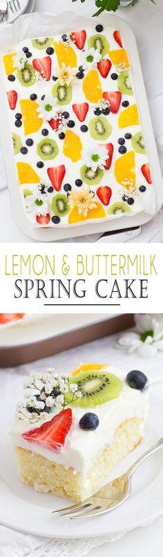 Lemon & Buttermilk Spring Cake with fresh fruits and a rerfreshing Cream | Zitronen Buttermilch Blechkuchen mit frischen Früchten und einer erfrischenden Creme