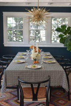 10 Tips for Setting a Beautiful (Stress-Free) Thanksgiving Table - Cupcakes & Cashmere
