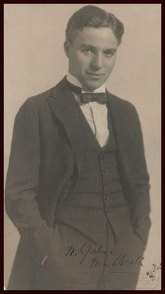 Charlie Chaplin : a nice portrait for the wall @ my home cinema