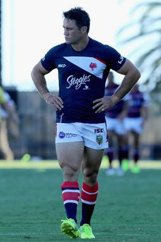 Footy Players: Cooper Cronk of the Sydney Roosters Rugby Sport, Rugby Men, Sport Man, Hot Rugby Players, Olympic Games Sports, Olympic Gymnastics, Super Rugby, Australian Football, Hard Men