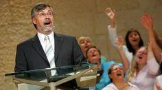 Cum Petro et sub Petro: Semper: Famoso Pastor Pentecostal e Sua Esposa se Tornam C... Deo Gratias!