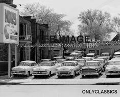 D & H Motors, Used Cars Dealership, Minneapolis, Minnesota Old Used Cars, Used Car Lots, Car Photos, Car Pictures, Vintage Trailers, Vintage Cars, Car Chevrolet, Abandoned Cars, Car Advertising