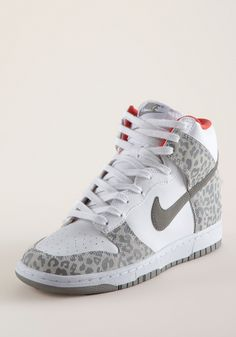 sale retailer cf9d9 a1f4f NIKE Dunk High Skinny Leo white-grey, Fashion Sneaker, Nike Fashion,  Sneakers