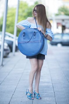 This is High Quality Blue Genuine Leather Tote Circle Bag. Absolutely unique model for the new season! Stylish and sexy, unique & extravagant, will be your Love of first sight for this season. A Sign of Quality This stylish tote has been crafted using the best materials and has been expertly crafted using premium materials to give beauty and quality as well as strength and durability you can rely on. Every bag is precisely hand cut, the edges of the bag and straps are bevelled and ed...