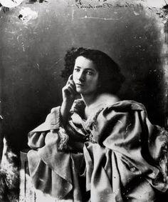 Sarah Bernhardt; The great Sarah