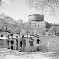 The pond Gunnar Asplund designed in front of his Stockholm Library