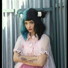 Melanie Martinez Mad Hatter, Crybaby Melanie Martinez, Indie Pop, Cry Baby, Billie Eilish, Crazy People, Pretty People, Adele, Melanie Martinez Photography