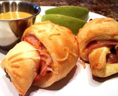 South Your Mouth: Ham & Cheddar Roll-Ups with Honey Butter Dipping Sauce