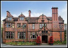 Oakfield Manor