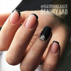 18 trendy black nails designs for dark colors lovers ★ black french manicure . Black French Nails, French Nail Art, Black Nail Art, French Tip Nails, Dark Nails, White Nails, Long Nails, My Nails, Black Manicure
