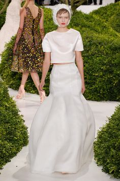 Dior spring 13 Couture - love how the skirt balloons out from the straight seams