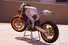 Roland Sands Honda CR 500 Cafe Racer - Smoking Seagulls feature in SIDEBURN #5