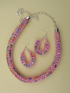 Terry Ricioli Designs: Knit Necklace and Earrings