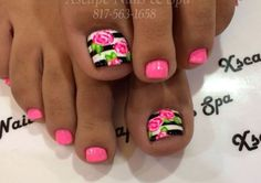 Black-White+Pink roses Striped toe nail art