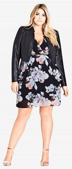 Plus Size Holiday Party Dress - Plus Size Cocktail Dress #plussize #Plussizepartydress
