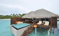 Maldives Bungalow living on the water