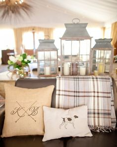 This couple made guests extra cozy with a lounge tent, complete with leather couches and a custom mahogany bar--click for the details