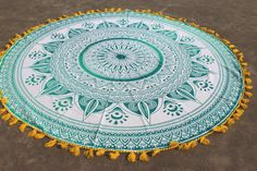 Dark Green Ombre Round Towel