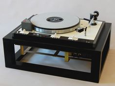 J.P. (Hans) van Vliet Diy Turntable, High End Turntables, Hi End, Professional Audio, Phonograph, Audio Equipment, Vintage Table, Audiophile, Vinyl Records