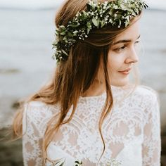 Love this leafy crown and natural hair. Our real brides are STUNNING! Dress: Beverly Gown : @assemblagephotography Real Couple: @wanjasr @steffenwestbye #ClairePettibone #laceweddingdress #uniqueweddingdress #bohobride #boholuxe #RealBride