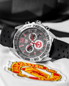 Buy the TAG Heuer Formula 1 Quartz Anthracite Dial & Rubber Strap Gent Watch with Chronograph 43 mm. Gents Watches, Watches For Men, Manchester United Watch, Real Madrid, Barcelona, Tag Heuer Formula, Gentleman Style, Gentleman Fashion, Formula 1