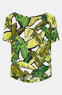 beyonce-jay-z-houston-concert-Topshop-Green-Banana-Leaf-Print-Tee-Scallopped-Hem-Shorts-3