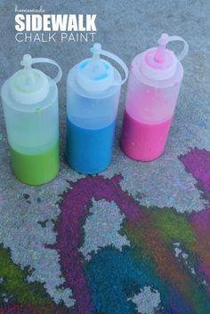 Homemade Sidewalk Chalk Paint Recipe | http://www.passionforsavings.com/2015/06/homemade-sidewalk-chalk-paint-recipe/