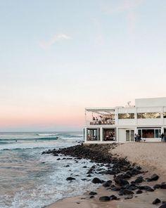#goldcoast #wedding #burleigh #heads #boho #venue #bridal #bride #gc Sunset Drink, Beach Bars, Gold Coast, Wedding Vendors, Tropical, Bride, Mansions, House Styles, Water