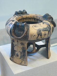 Terracotta tripod kothon (vessel for perfumed oil) Boeotian mid-6th century BCE Attributed to the Group of the Boeotian Dancers