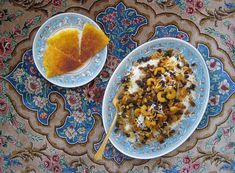 Meigoo polo (Southern Iranian shrimp rice) with plate of tadig (crunchy crust bottom of the pot) __ Recipe & story by Fig & Quince (Persian Cooking and Culture) http://figandquince.com/2014/12/08/maigoo-polo-persian-shrimp-rice-dish/ #Iran #food