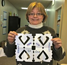 Julie Weindel shows her support for the USA hockey team.  LOVE the hockey stick snowflake.  #sochisnowflake