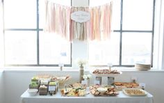 I like the wood deets. EAT DRINK PRETTY: Real party: a vintage winter one-derland first birthday Baby Girl First Birthday, First Birthday Parties, First Birthdays, Birthday Ideas, Girl Parties, Birthday Bash, Babyshower, Baby Shower Winter, Vintage Winter